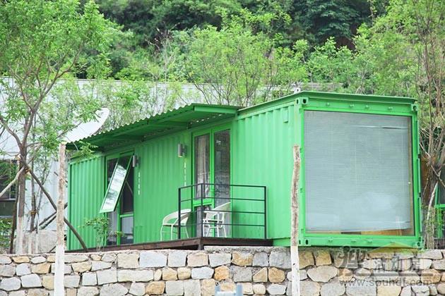 绿色的集装箱酒店