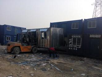 天津多家集装箱活动房厂加紧生产集装箱