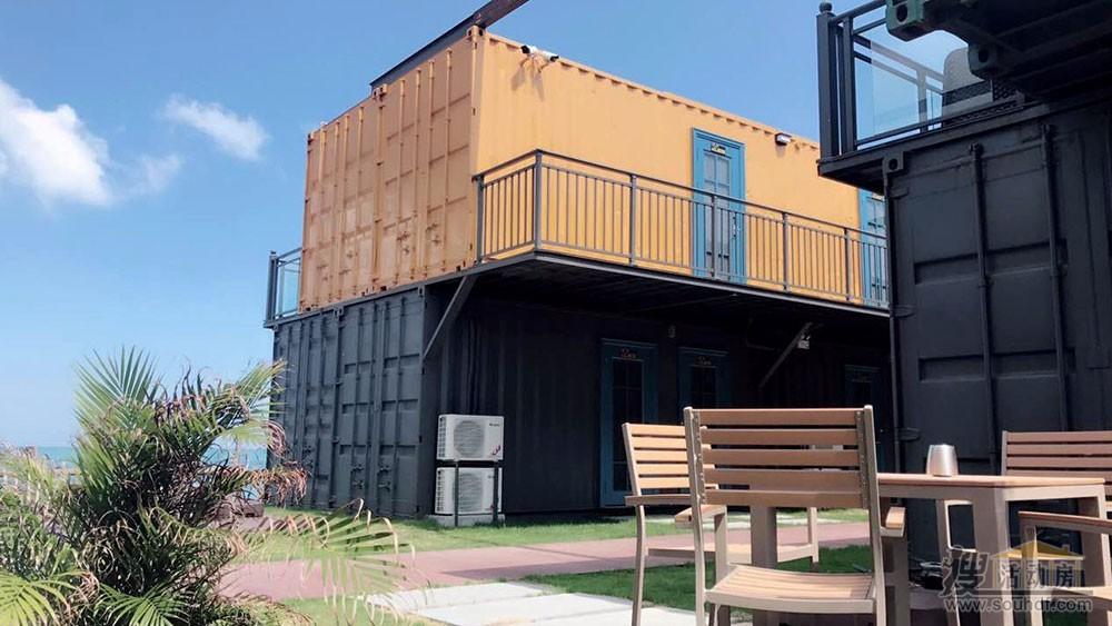 集装箱酒店底部是20尺海运集装箱改装的。