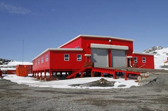 南极长城站采用的集装箱作为办公住房