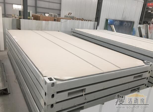 打包集装箱的顶部防水构造,0.5mm厚度的彩钢板