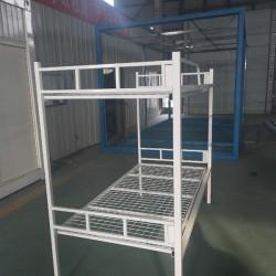 白色折叠床铺 承受8个人重量